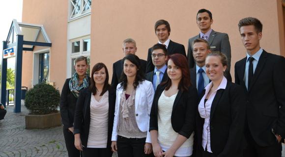 Elf Neue Auszubildende Starten Bei Uns Am 3. September