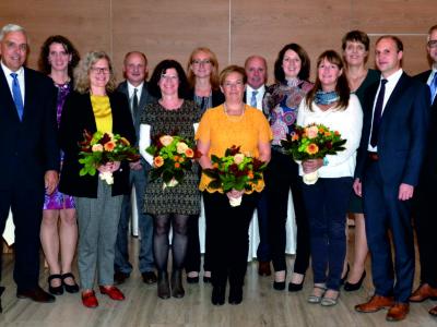 Raiffeisenbank Ehrt Langjährige Mitarbeiter